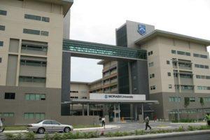 konsultan kuliah di Monash university malaysia